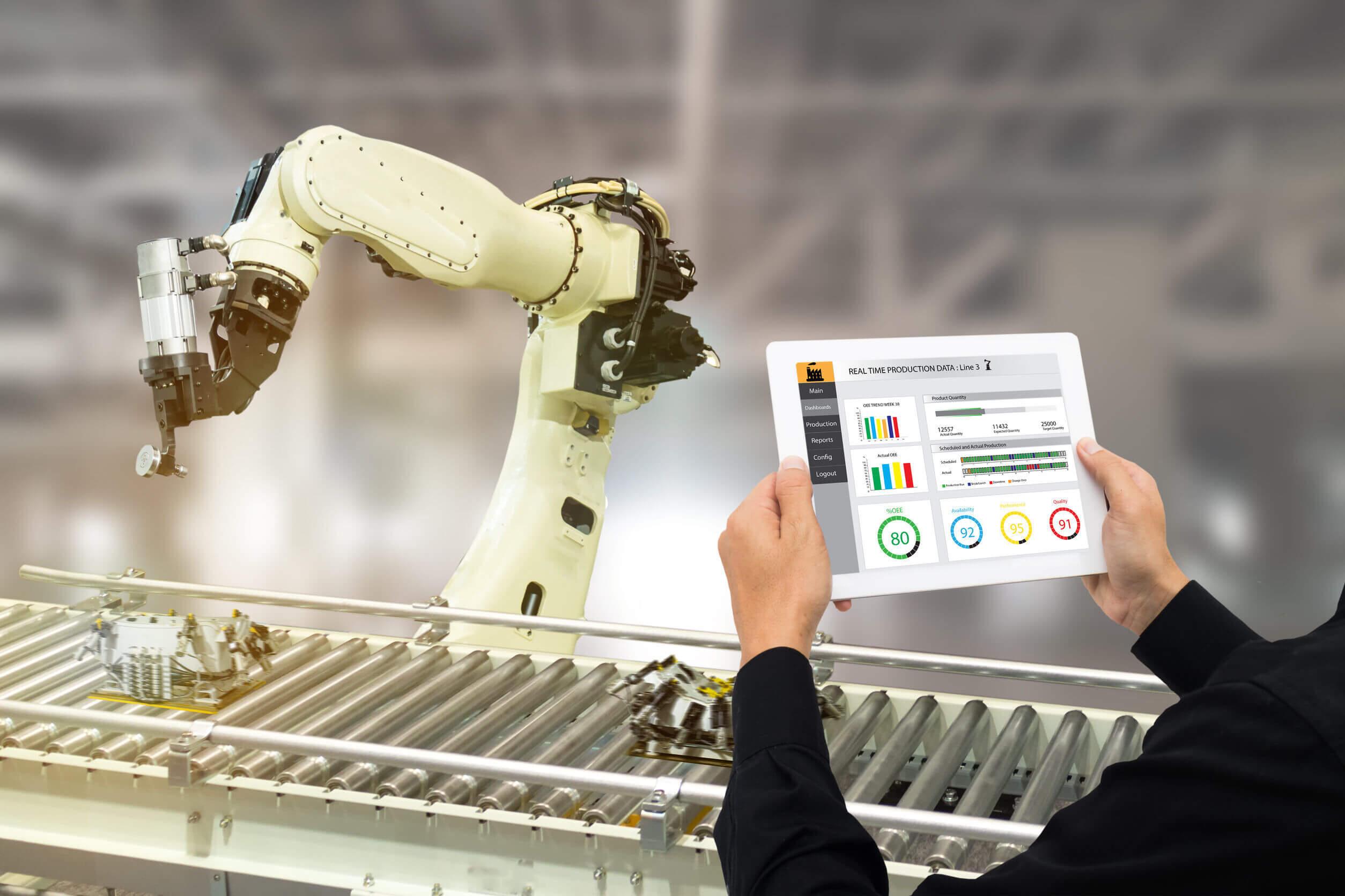 Ingenieros industriales por la inteligencia artificial y la robotización